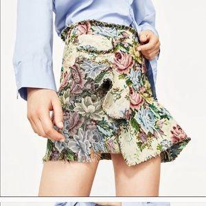 Zara Floral Mini Skirt NWT Size XS